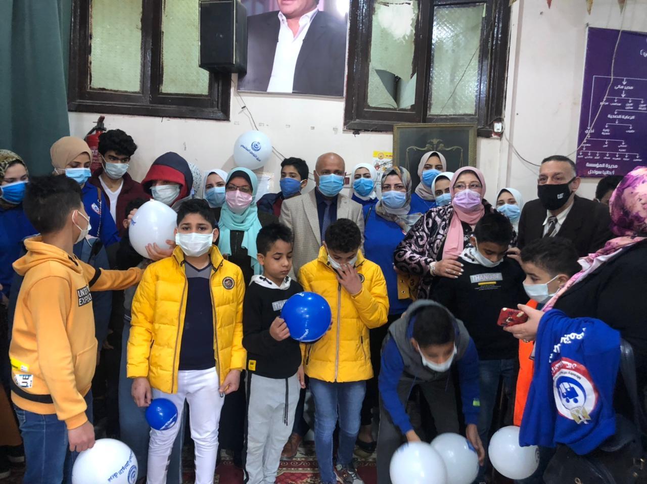 صحة الغربية تحتفل بيوم اليتيم وتقدم الوعى الصحى والمجتمعى للأطفال (4)