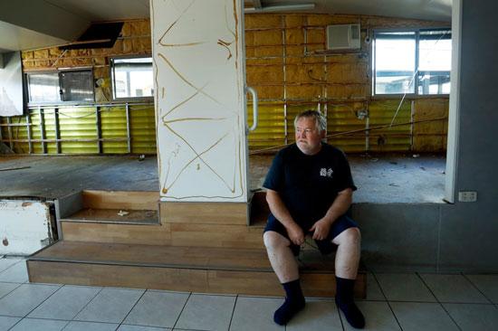 روبي تايلور في منزل عطلاته المتضرر من الفيضانات