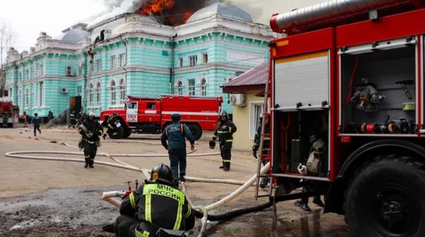 حريق في المستشفى الروسي