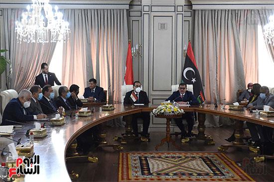 زيارة رئيس الوزراء لليبيا (2)