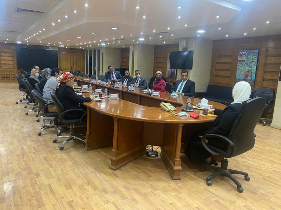 جانب من لقاء وزيرة التضامن ووفد تنسيقية شباب الأحزاب
