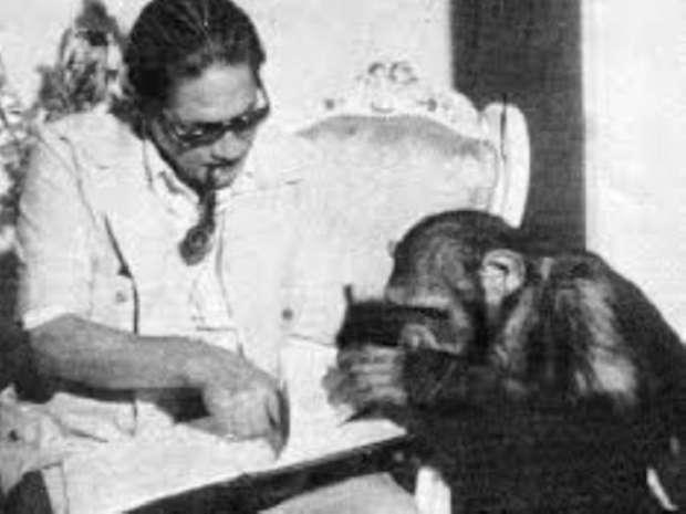المخرج نيازى مصطفى فى اخر اعماله فيلم القرداتى
