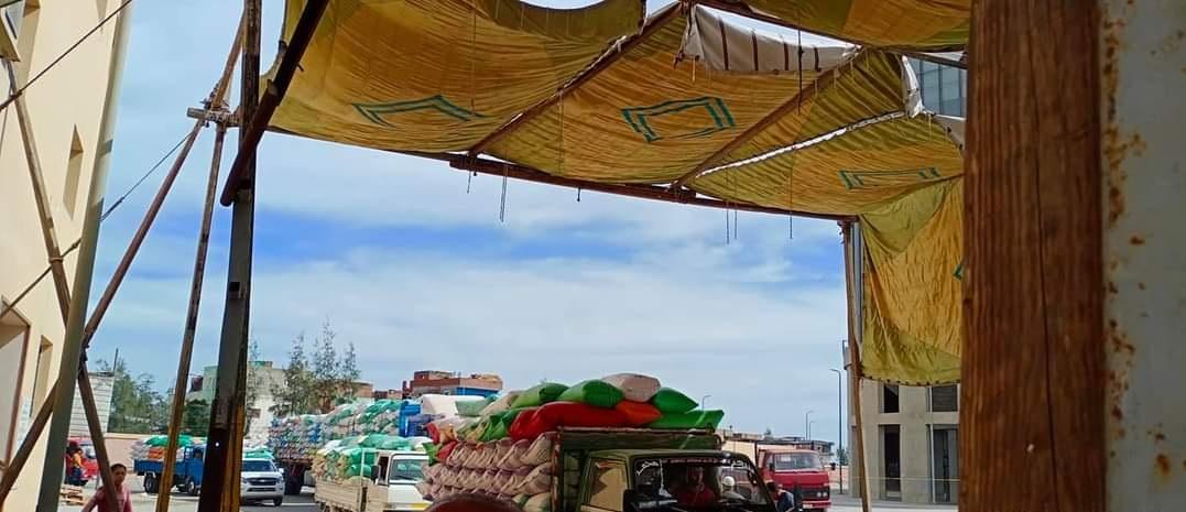 توافد السيارات على الصومعة