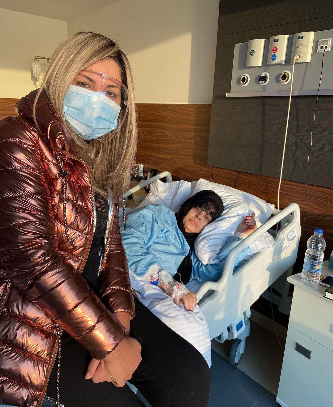 فيفي عبده من داخل المستشفى