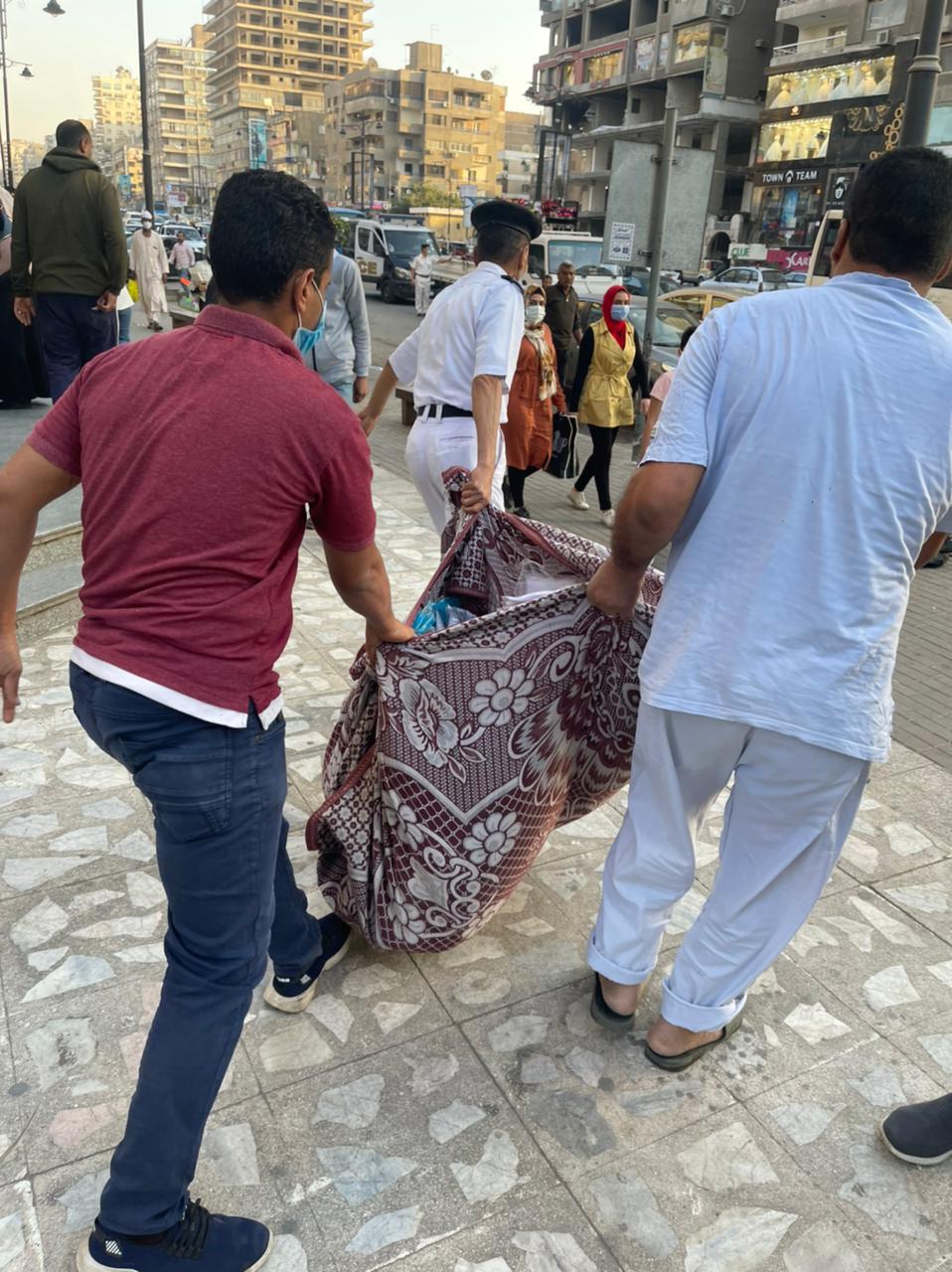 ضبط الباعة الجائلين فى شارع عباس العقاد