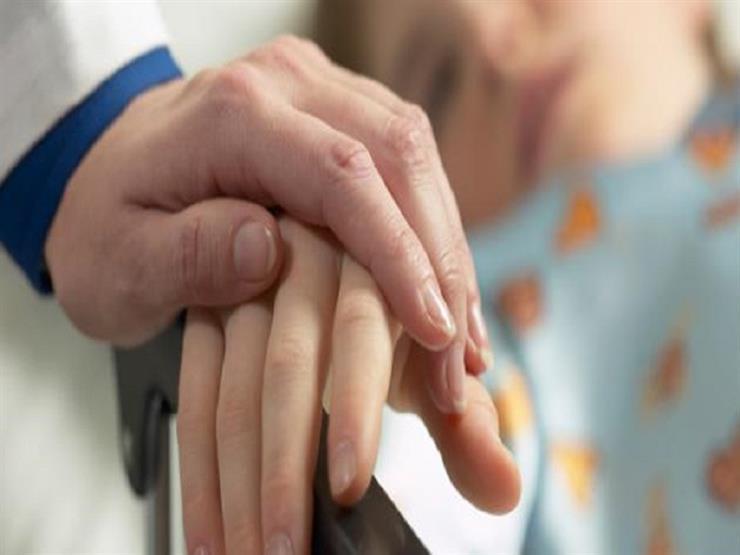 زيارة المريض