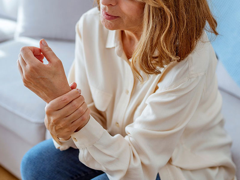 التهاب المفاصل الروماتويدي  للنساء