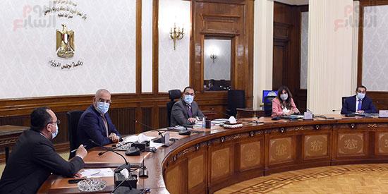 رئيس الوزراء يتابع إجراءات تنفيذ مبادرة التمويل العقارى.. ويؤكد استثنائية (1)