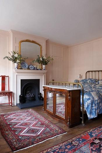 ديكور غرفة النوم.. سرير معدن