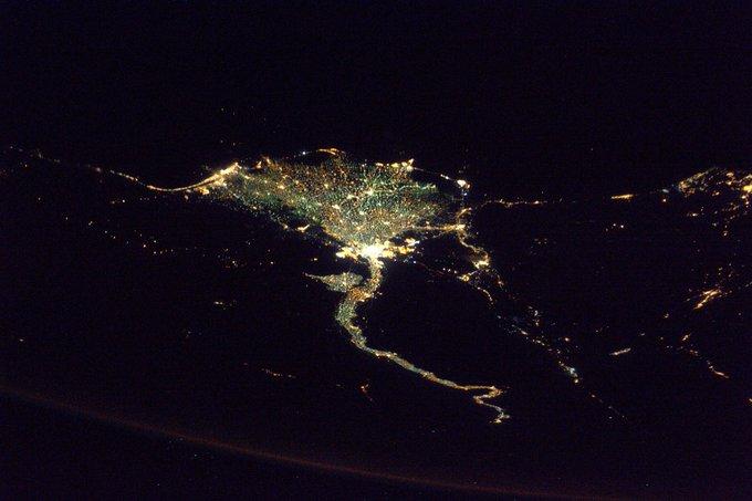 مصر ليلا من الفضاء
