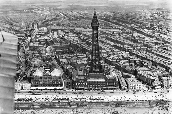 برج بلاكبول وحدائق الشتاء ، 1920