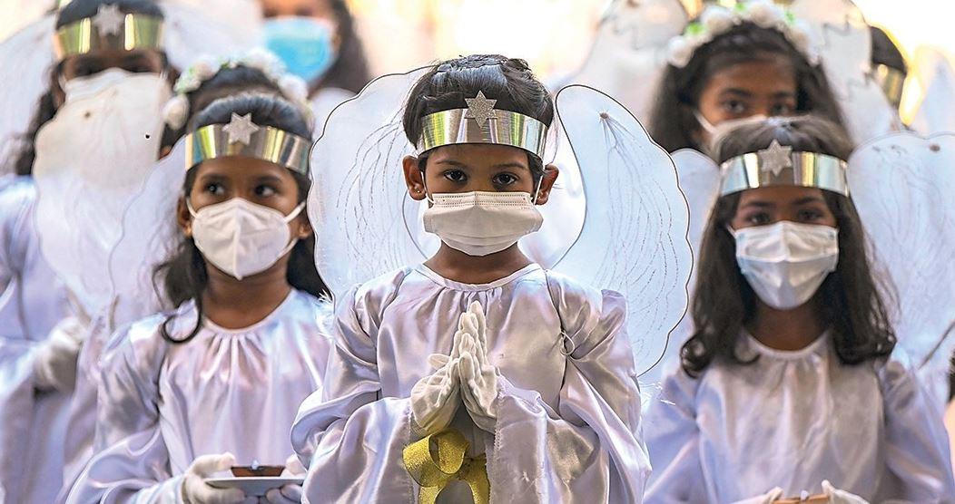 أطفال مشاركون في العيد