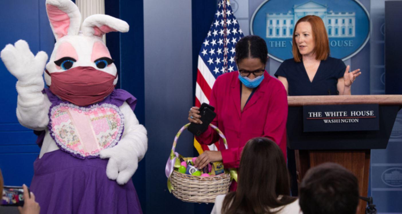أرنب عيد الفصح في مؤتمر البيت الأبيض
