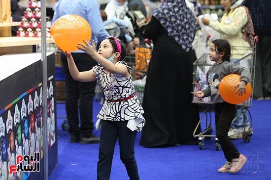 الأطفال داخل معرض أهلا رمضان