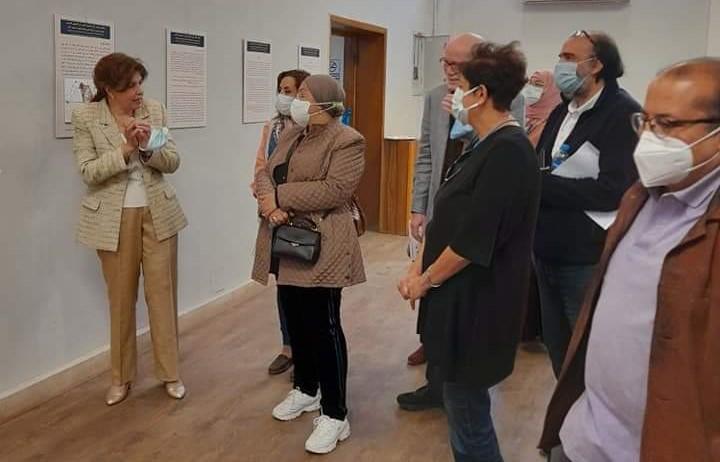 جانب من معرض الدكتورة هالة محمد حسنين بفنون جميلة الزمالك (3)
