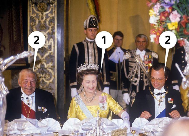 لا أحد يأكل قبل الملكة
