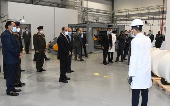 الرئيس السيسى يشهد افتتاح مجمع إصدار الوثائق المؤمنة والذكية بالعاصمة الإدارية (4)