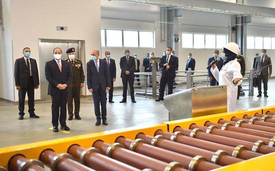 الرئيس السيسى يشهد افتتاح مجمع إصدار الوثائق المؤمنة والذكية بالعاصمة الإدارية (1)