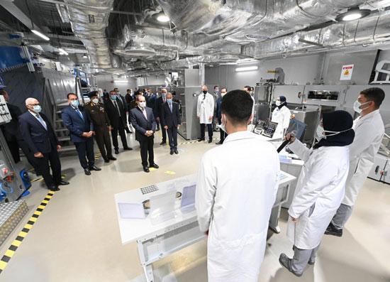 الرئيس السيسى يشهد افتتاح مجمع إصدار الوثائق المؤمنة والذكية بالعاصمة الإدارية (10)
