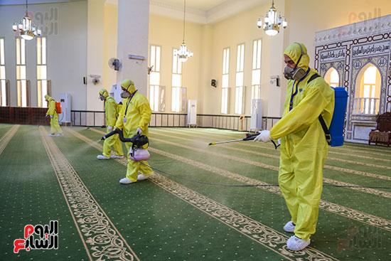 تعقيم مساجد الحسين والأسمرات استعدادا لشهر رمضان (1)