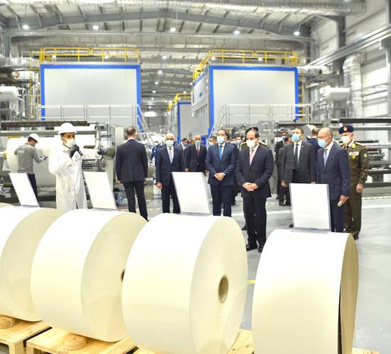 الرئيس السيسى يشهد افتتاح مجمع إصدار الوثائق المؤمنة والذكية بالعاصمة الإدارية (21)