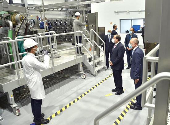 الرئيس السيسى يشهد افتتاح مجمع إصدار الوثائق المؤمنة والذكية بالعاصمة الإدارية (8)