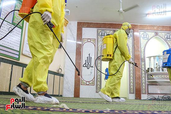تعقيم مساجد والأسمرات استعدادا لشهر رمضان