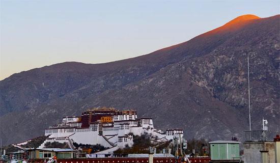 جبال التبت (4)