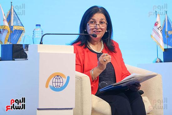 الدكتورة نعيمة القصير ممثلة منظمة الصحة العالمية فى مصر (3)