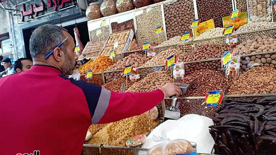بائع بسوق الحقانية بالإسكندرية