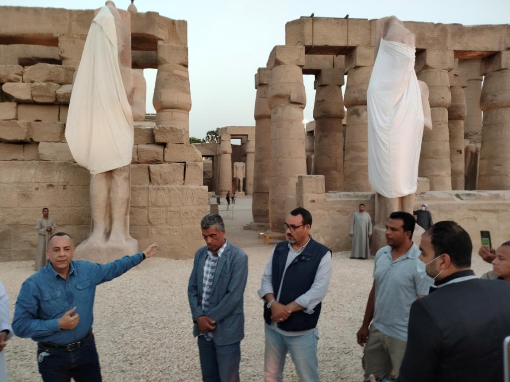 الفرعون رمسيس الثانى يحتفل بعودة تماثيله لواجهات معبده بعد آلاف السنين (9)