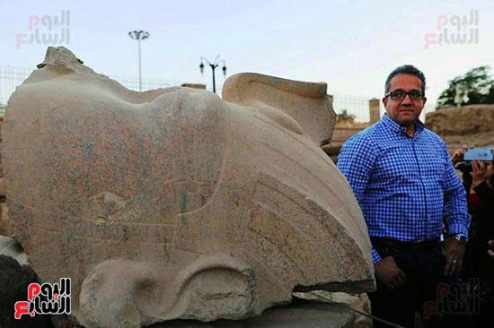 وزير الآثار راعي المشروع العالمي بتركيب 3 تماثيل للملك رمسيس الثاني