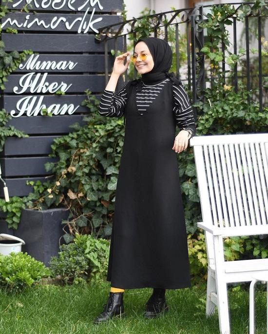 أفكار لتنسيق ملابسك السوداء مع الحجاب (12)