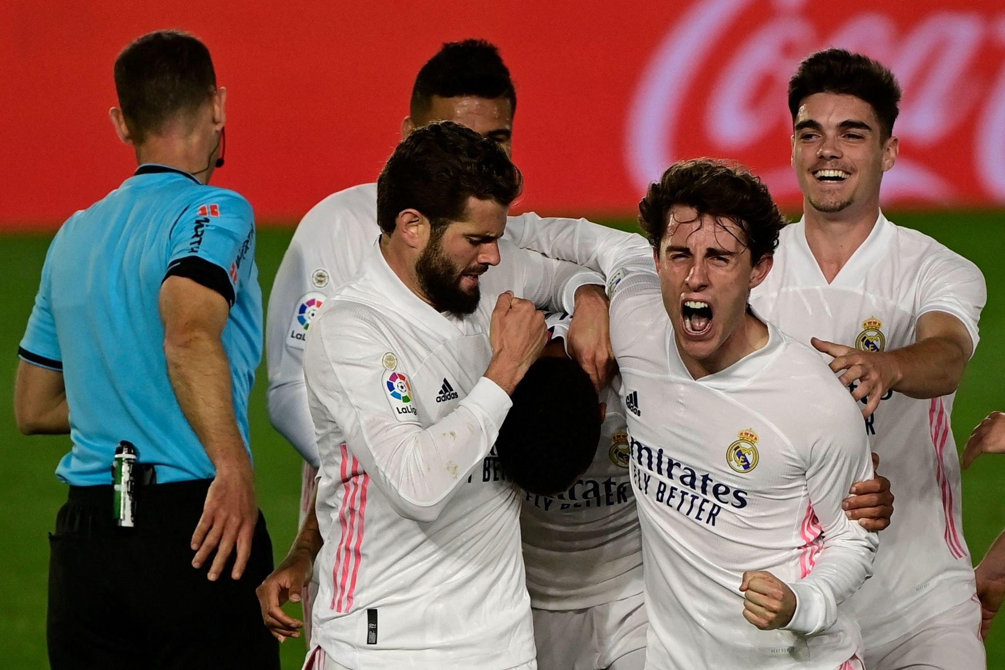 احتفال لاعبى ريال مدريد