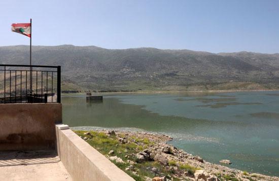 بحيرة شديدة التلوث في شرق لبنان
