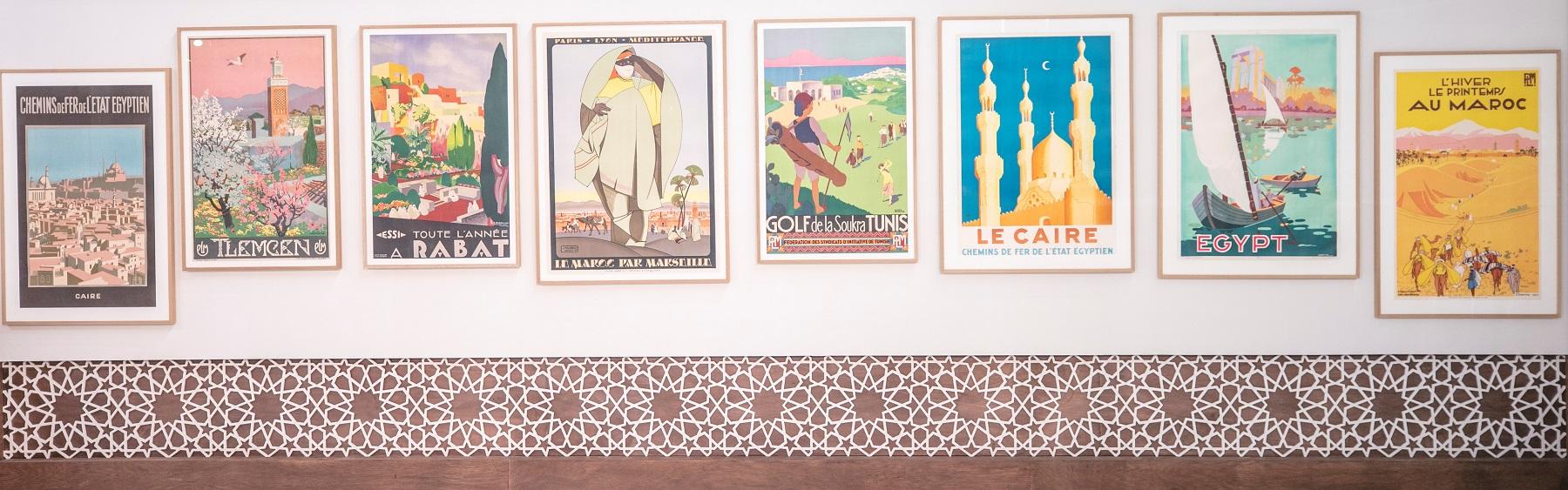 مجموعة من الملصقات السياحية (1)