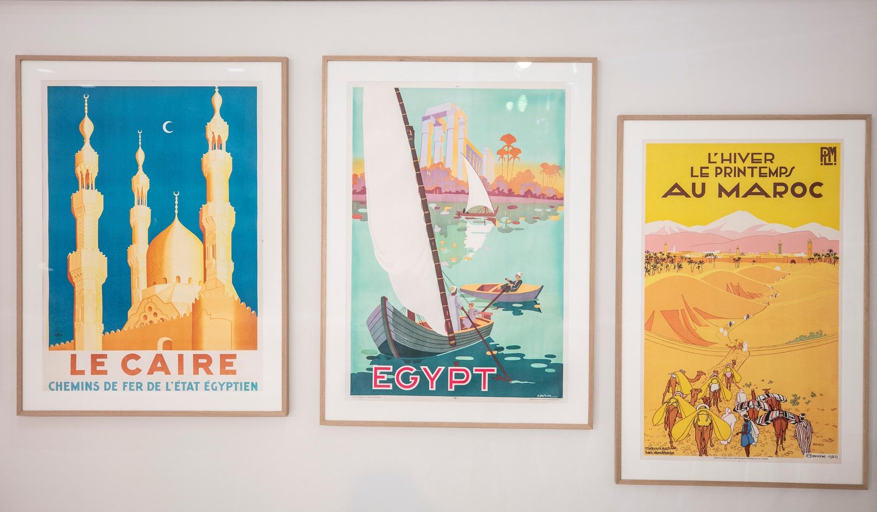 مجموعة من الملصقات السياحية (2)