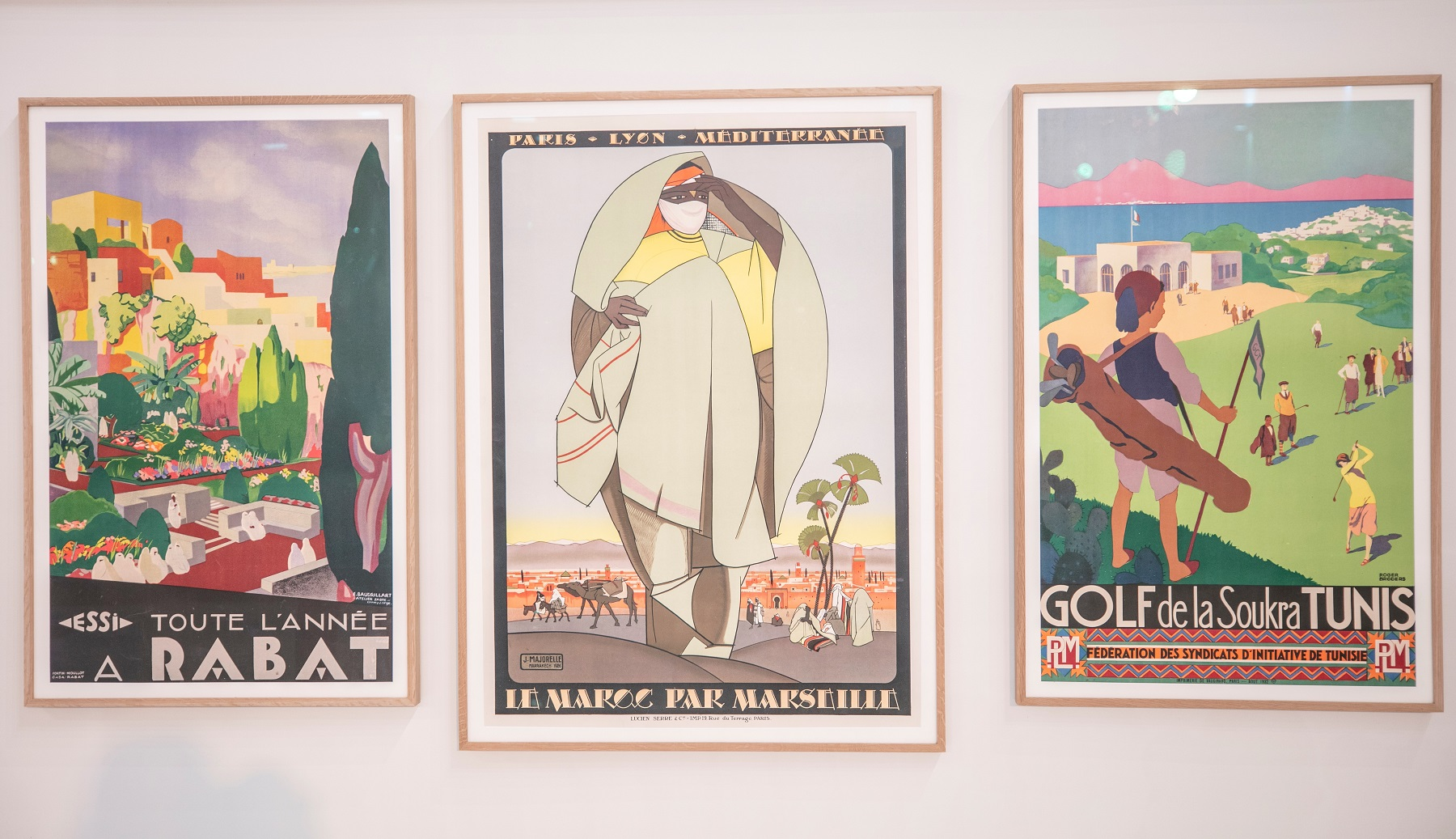 مجموعة من الملصقات السياحية (3)