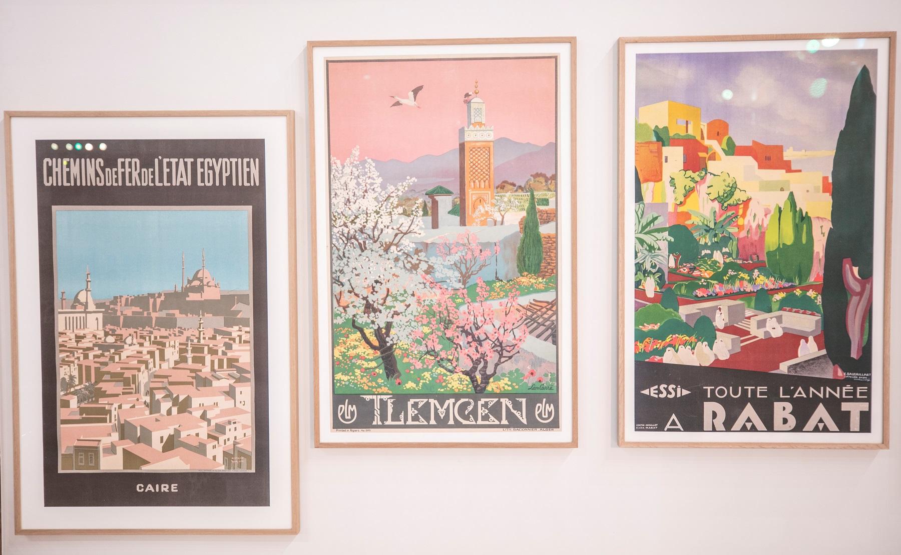 مجموعة من الملصقات السياحية (4)
