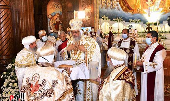 قداس عيد القيامة المجيد  (7)