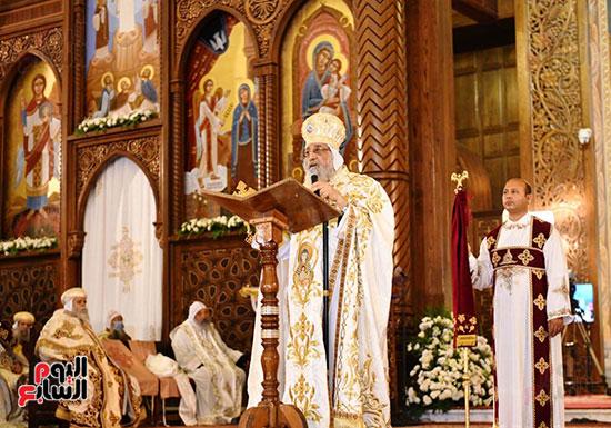 قداس عيد القيامة المجيد  (12)