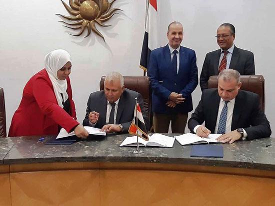 تنفيذ اكبر خطة لتطوير العشوائيات بمدينة الخارجة (4)