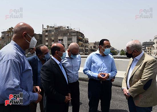 رئيس الوزراء يتفقد أعمال محور الفريق كمال عامر  (12)