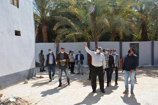 تنفيذ اكبر خطة لتطوير العشوائيات بمدينة الخارجة (14)