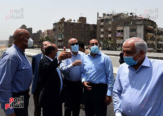 رئيس الوزراء يتفقد أعمال محور الفريق كمال عامر  (15)