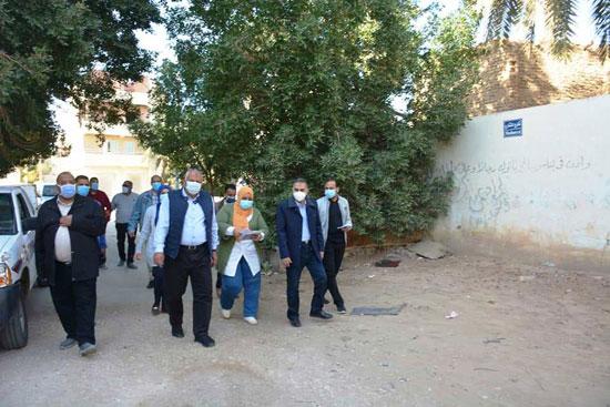 تنفيذ اكبر خطة لتطوير العشوائيات بمدينة الخارجة (7)