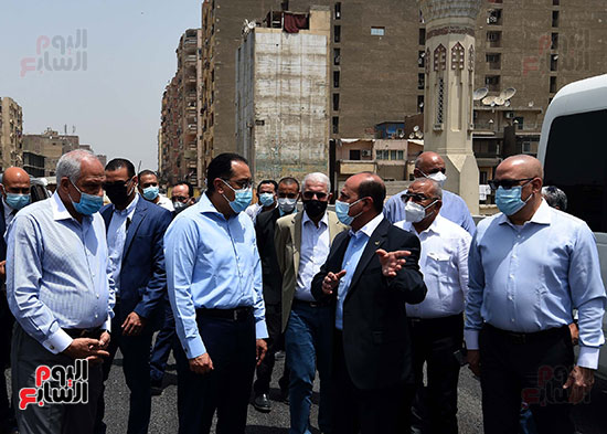 رئيس الوزراء يتفقد أعمال محور الفريق كمال عامر  (1)