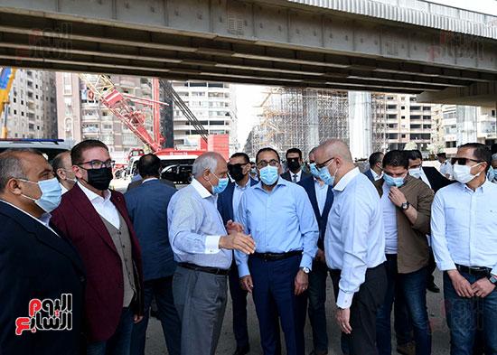رئيس الوزراء يتفقد أعمال محور الفريق كمال عامر  (10)