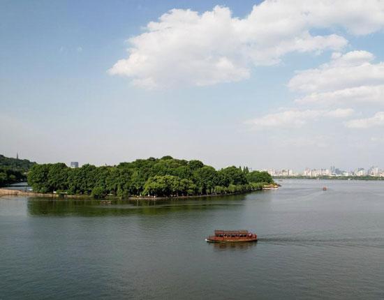 البحيرة الغربية بالصين (2)