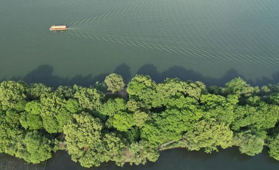 البحيرة الغربية بالصين (5)
